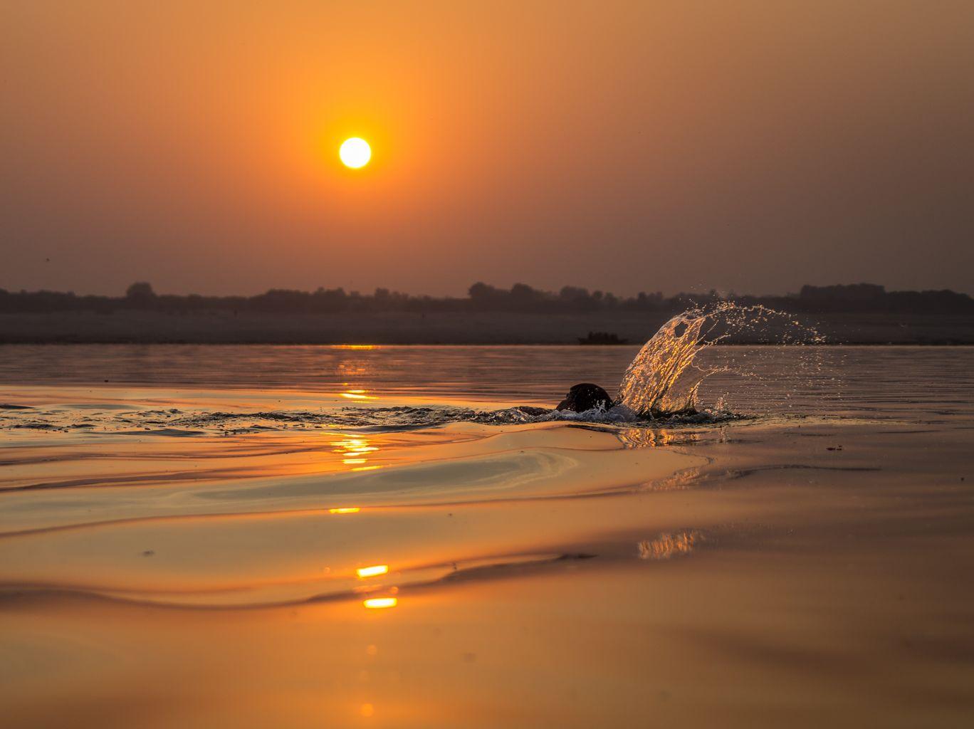 Photo of Varanasi By Gaurav Dewan