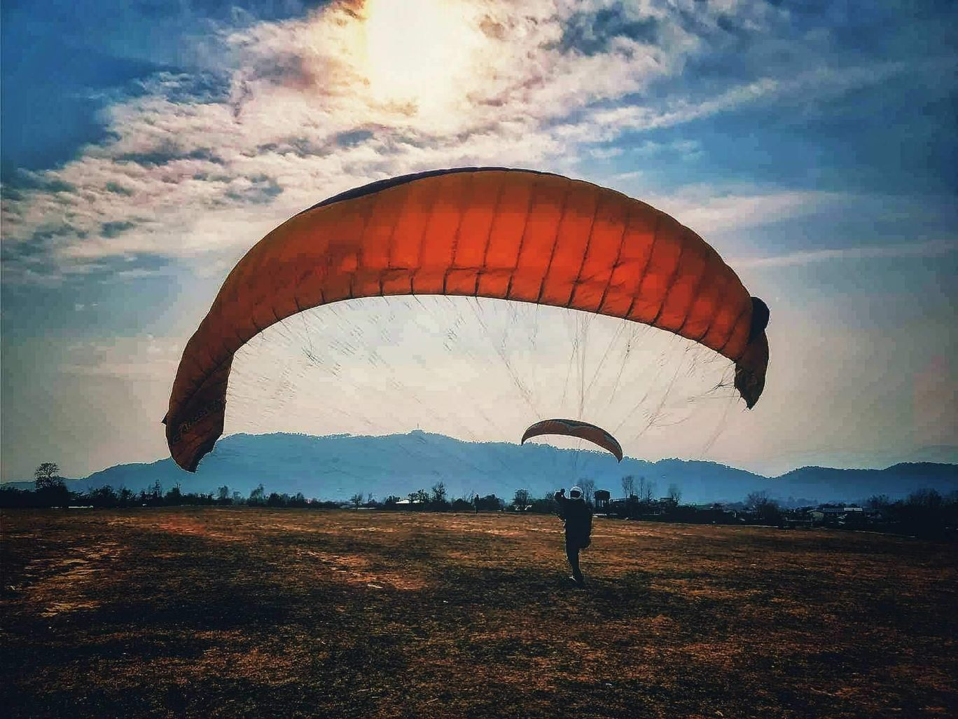 Photo of Bir Billing Paragliding By Vibudh Jain