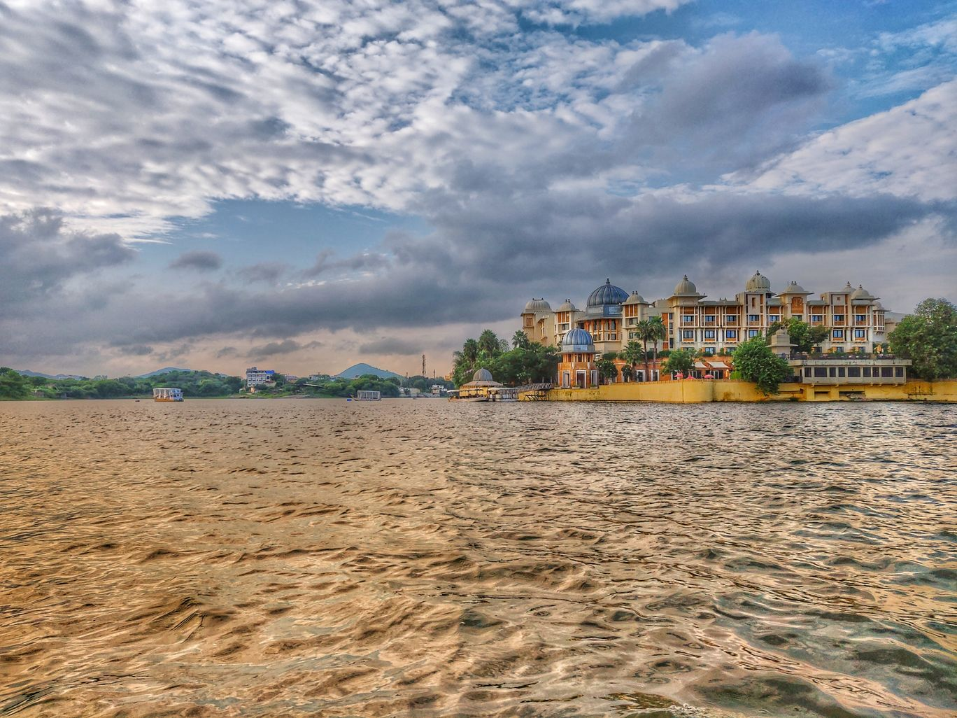 Photo of Lake Pichola By Varsha Parashar