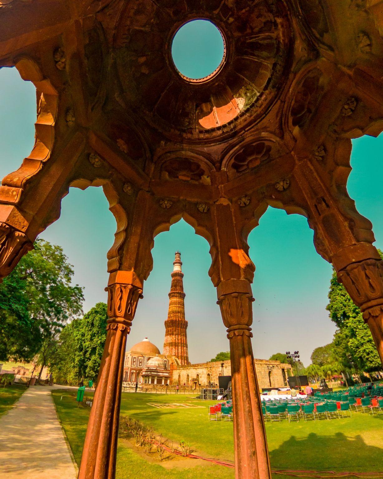 Photo of Qutub Minar By Raghav Rai Ralhan