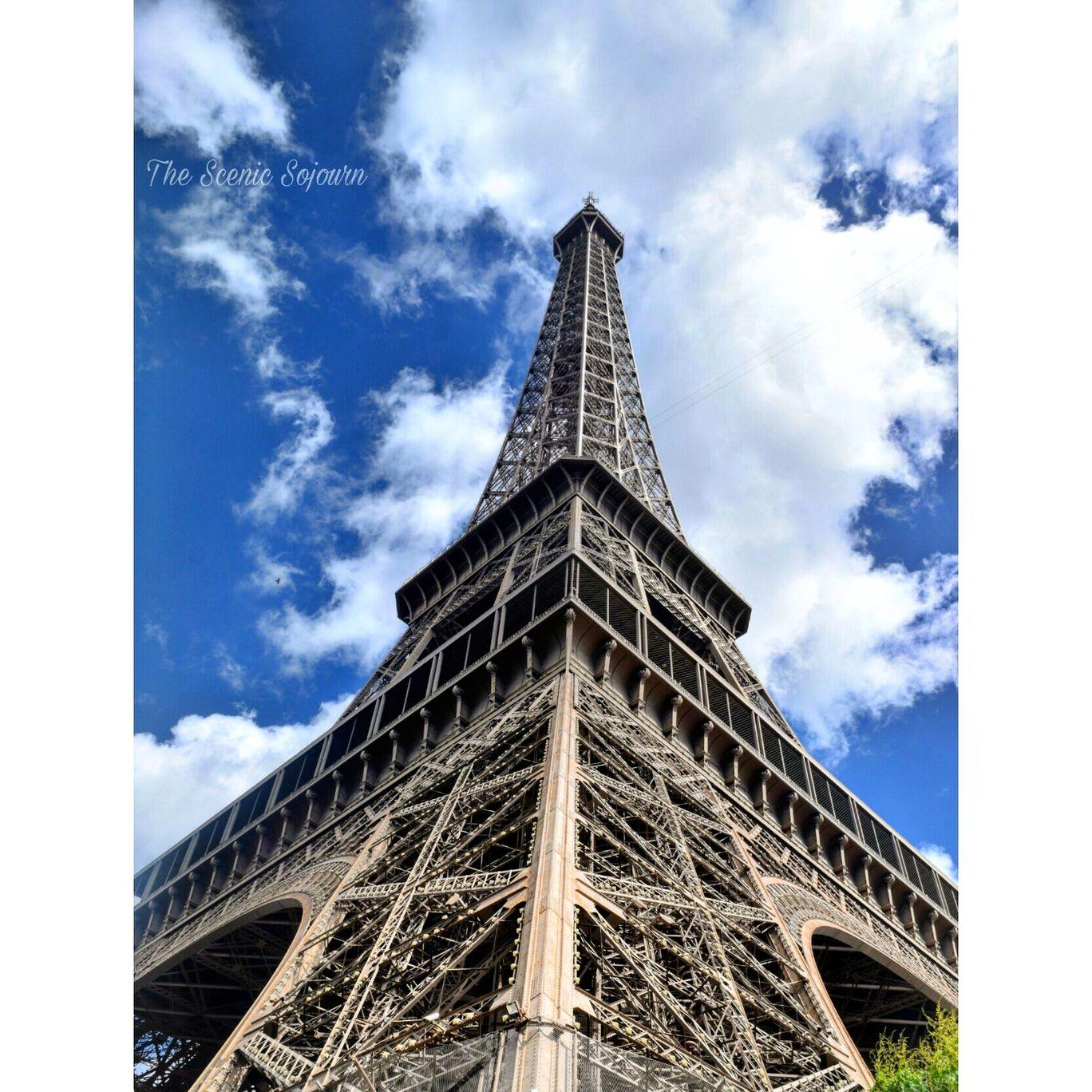 Photo of Paris By Dhwani Shah