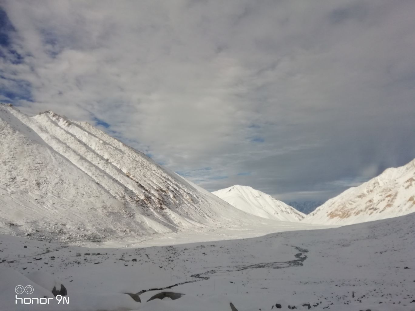 Photo of Srinagar - Ladakh Road By Akash Deep Sinha