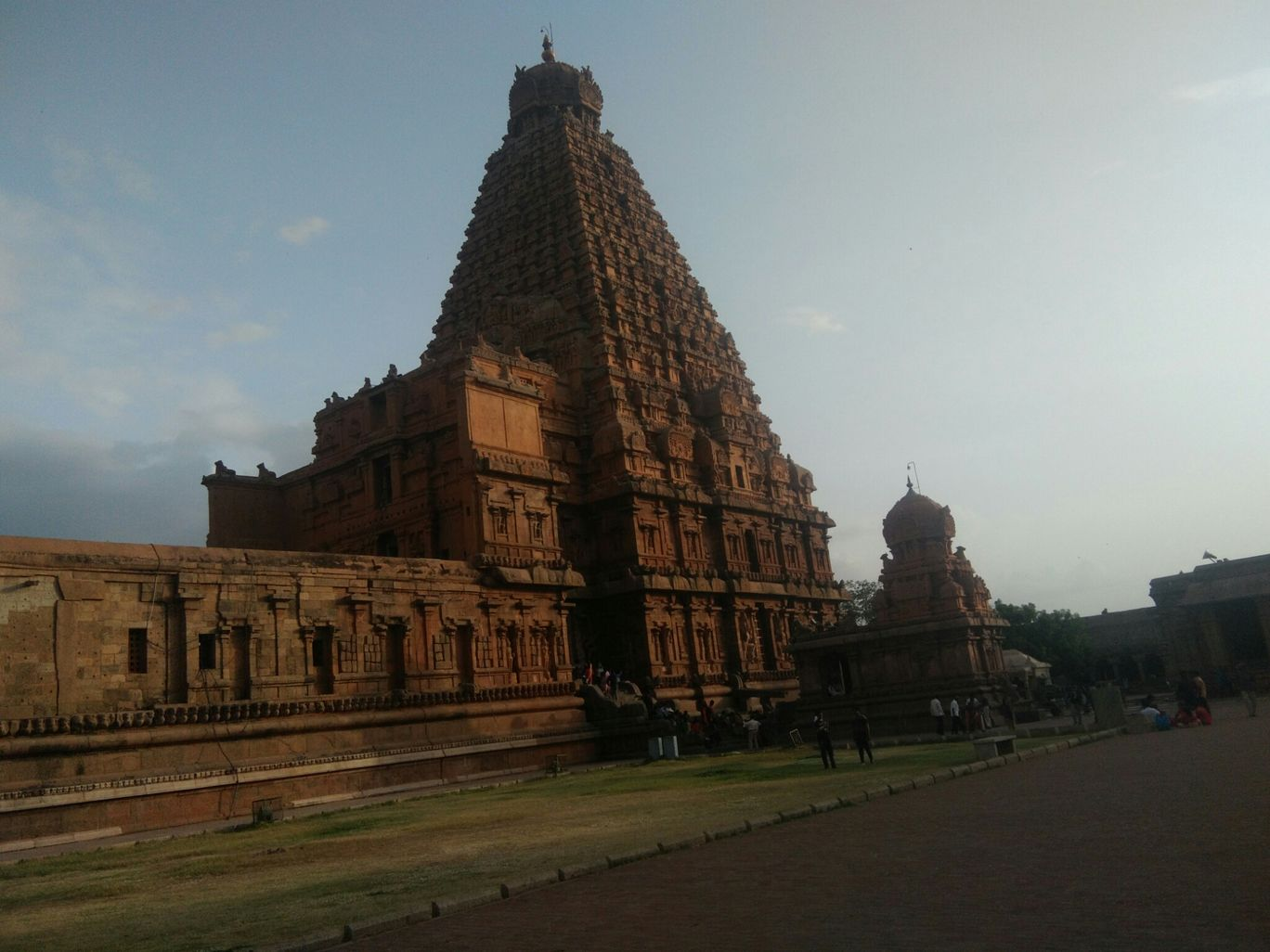 Photo of Stunning tanjore, enjoying trichy. By Krishnamurthy Govindasamy