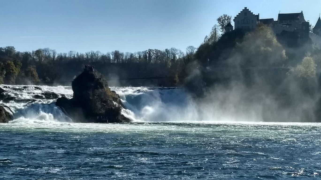 Photo of Rhine Falls By Hariharan