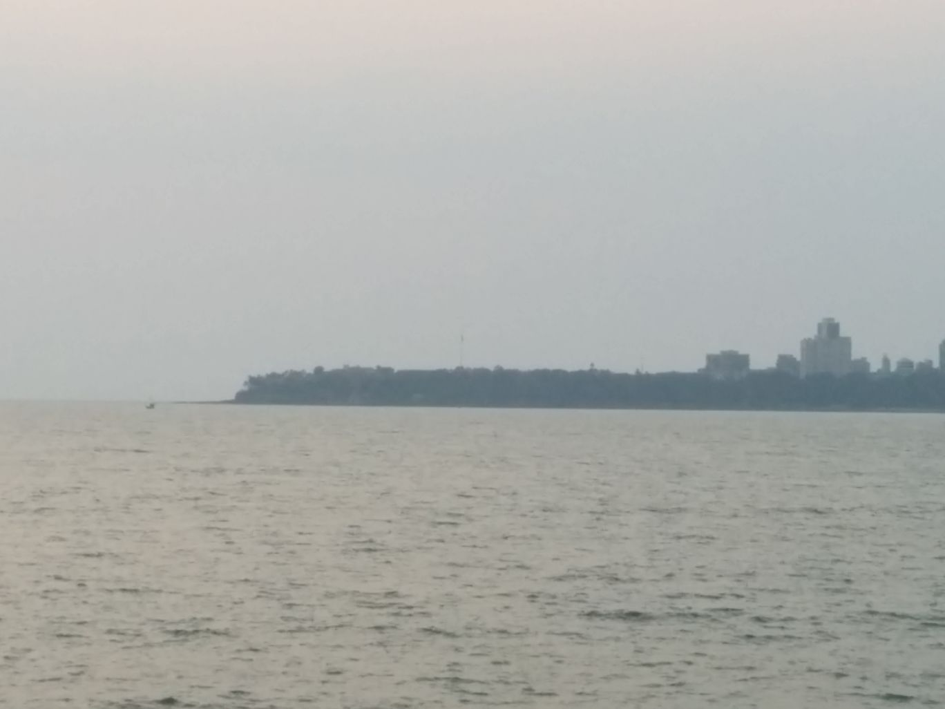 Photo of Marine Drive By Shraddha Vora