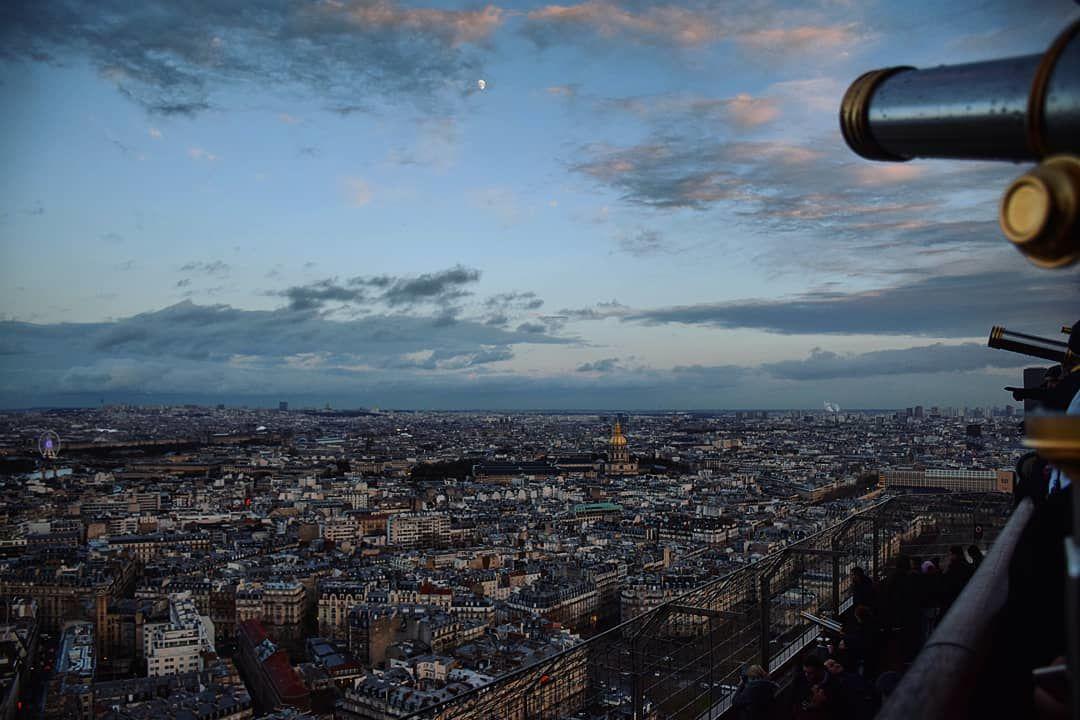 Photo of Eiffel Tower By Sihdhura Dutta