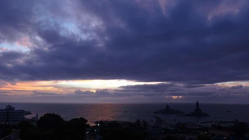 Photo of Kanyakumari Sunrise View By Chandni Tiwari