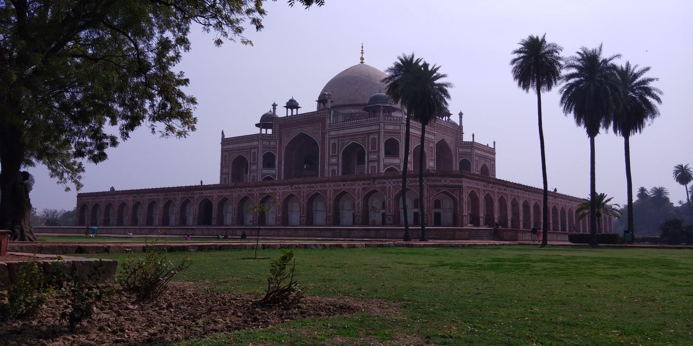 Photo of Masjid Humayun Tomb By Nishant