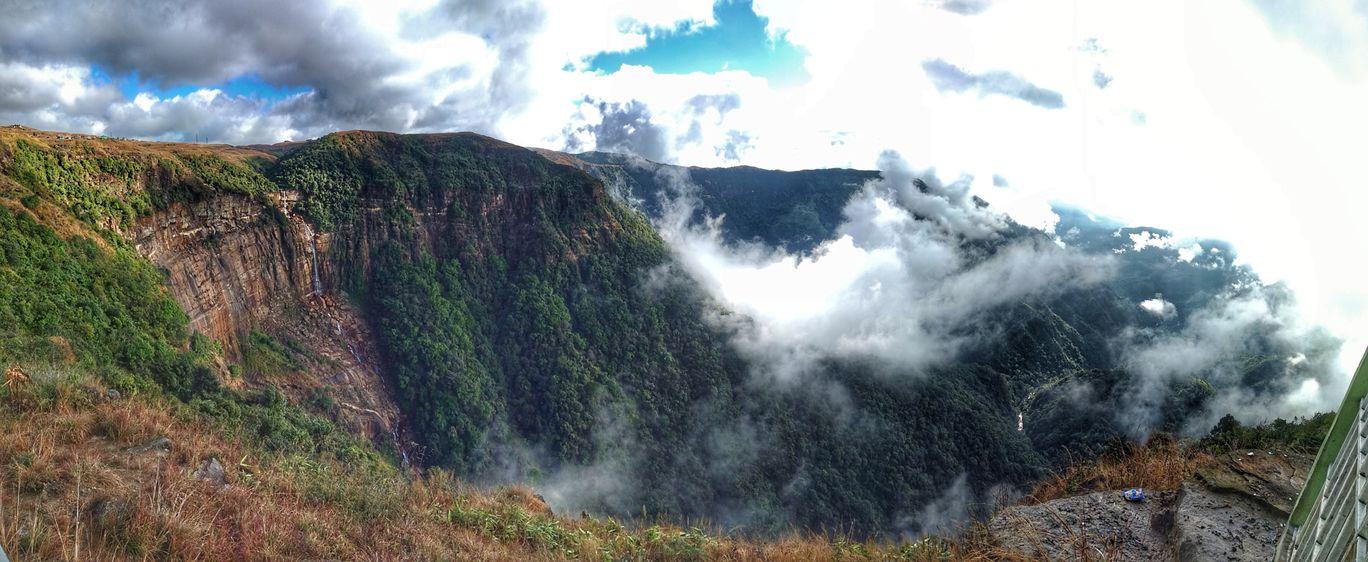 Photo of Nohkalikai Falls Top View Point By Gupta Anish