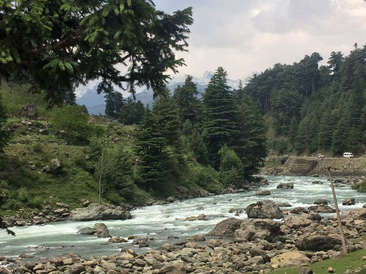 Photo of Pahalgam By Dhruv Khandekar