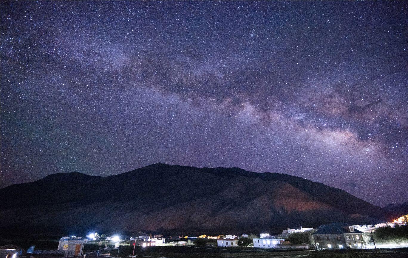 Photo of Zanskar Valley Road By Vatsal Konkani
