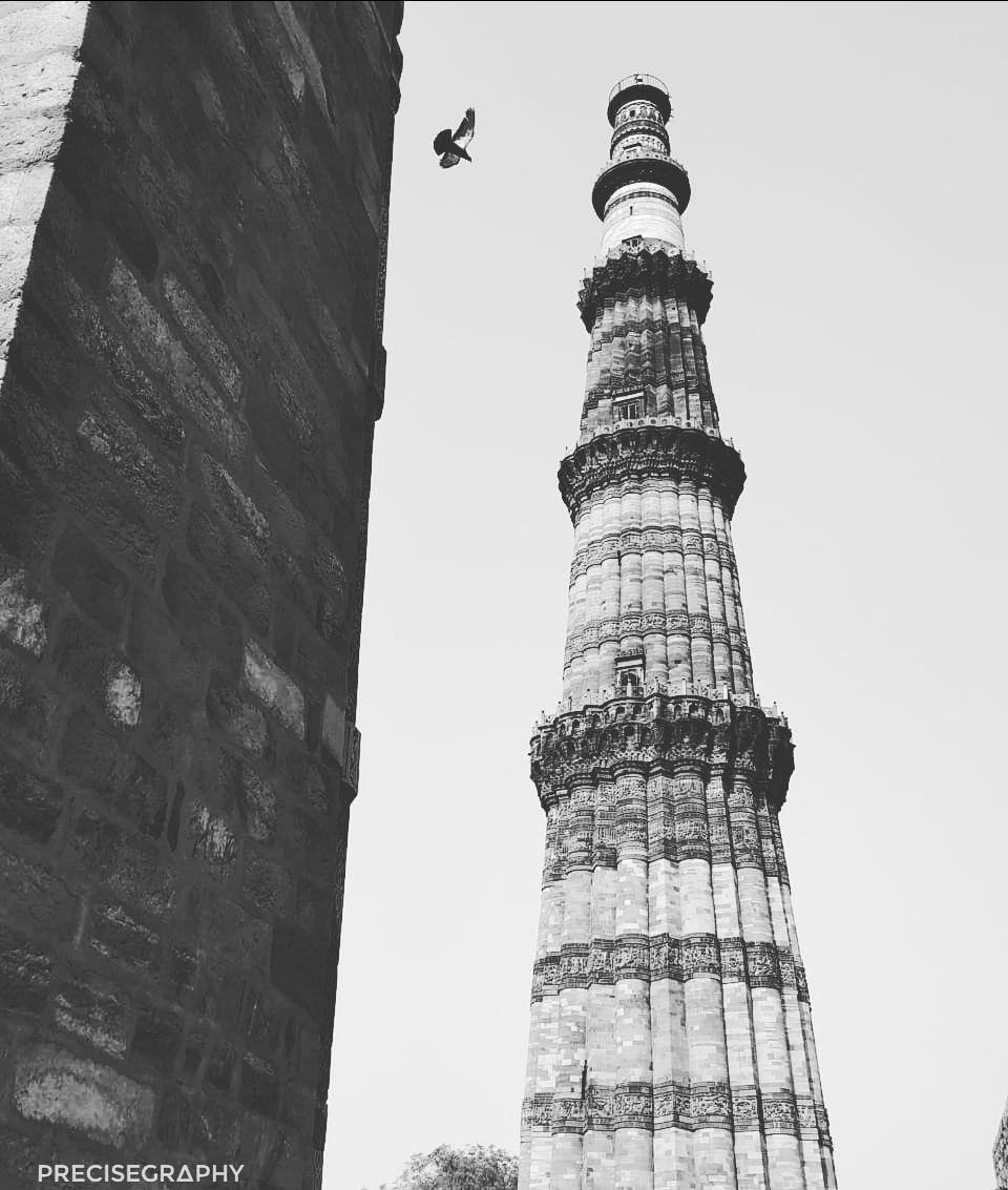 Photo of Qutub Minar By PRECISE GR∆PHY