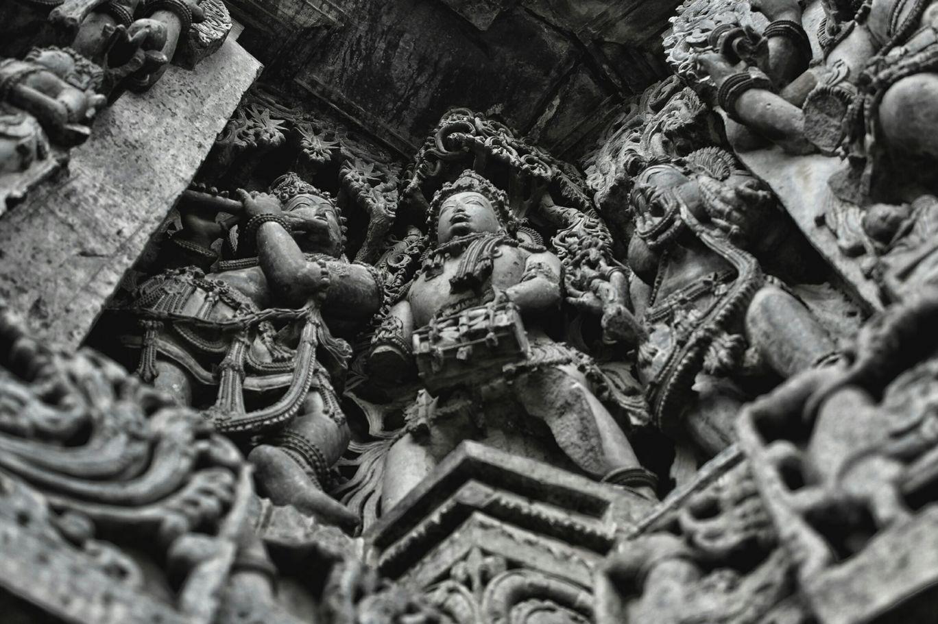 Photo of Hoysaleshwara Temple By Wingedperson