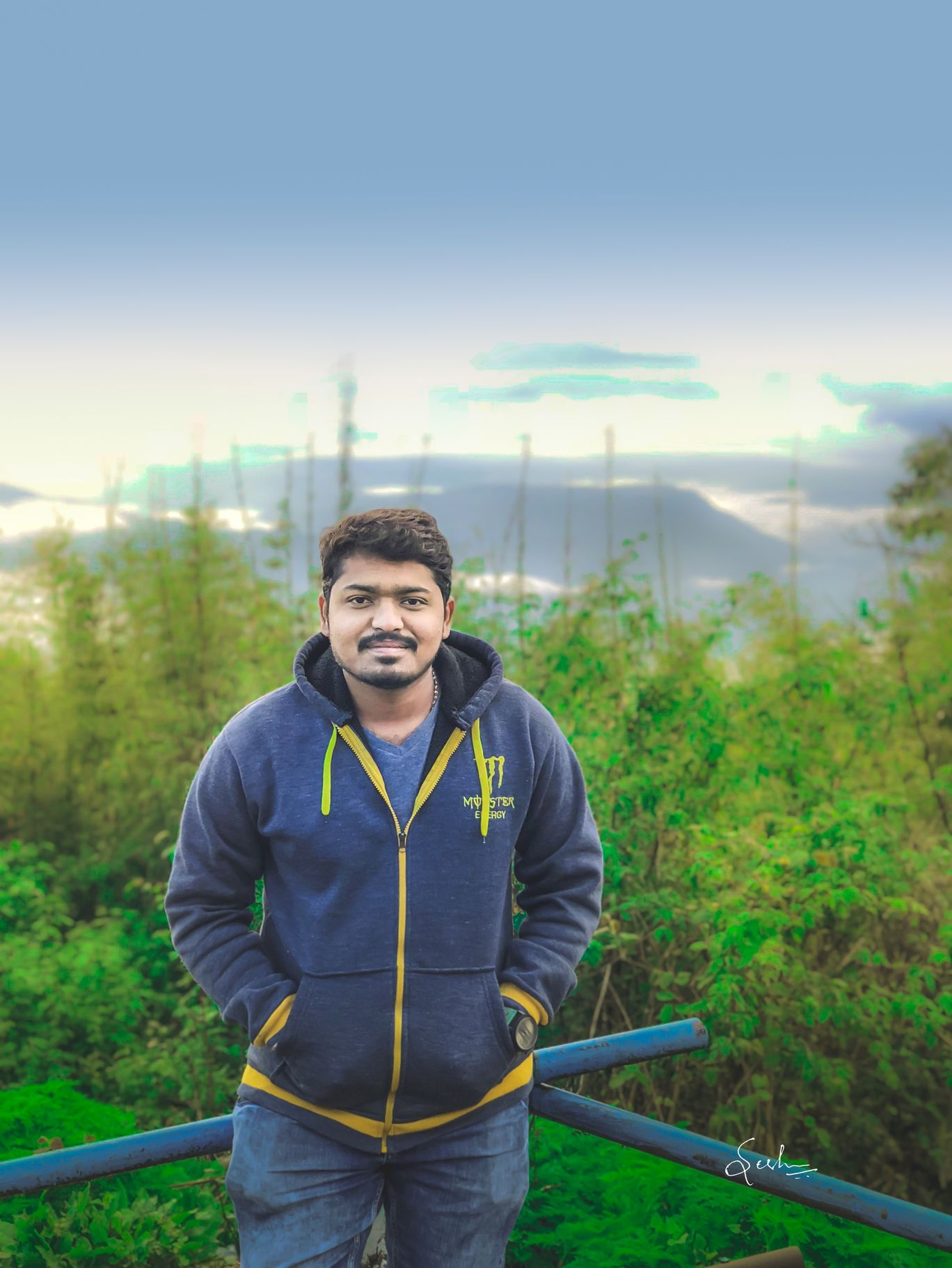 Photo of Darjeeling By Sesha Sai Chintalapati