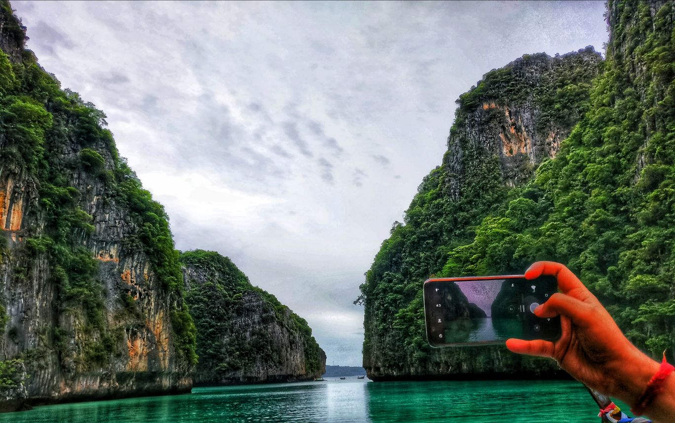Photo of Phi Phi Islands By Anay Pathak