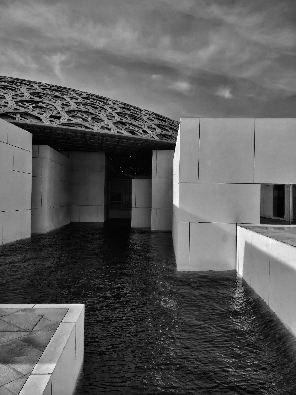 Photo of Louvre Abu Dhabi - Abu Dhabi - United Arab Emirates By Avijit Saroya