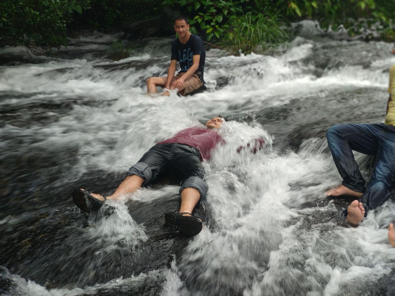 Photo of pali waterfall By Ajit Sutar