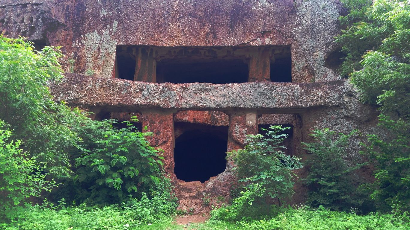 Photo of Kharosa Caves By Siddhartha Bansode