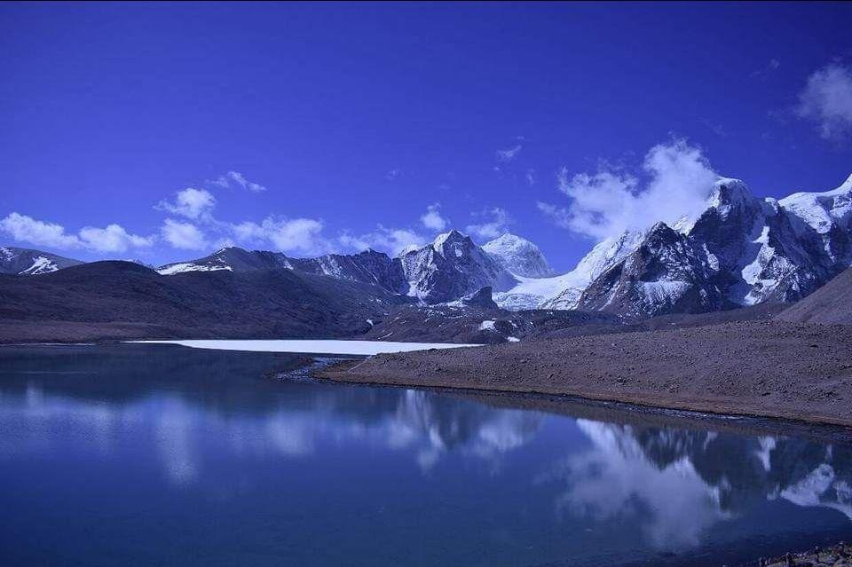 Photo of Gurudongmar Lake By oshin dhanwar