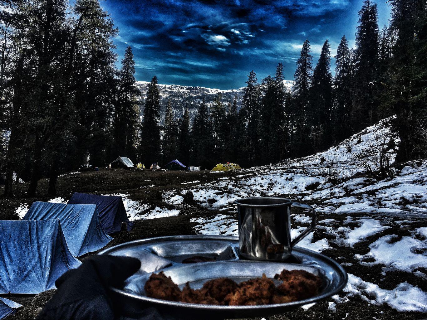 Photo of Kedarkantha Base Camp By Apoorva Appu