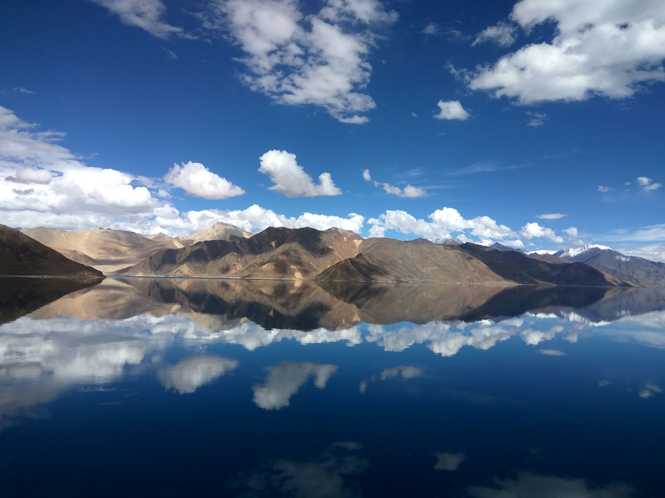 Photo of Pangong Lake By pallavi tadas
