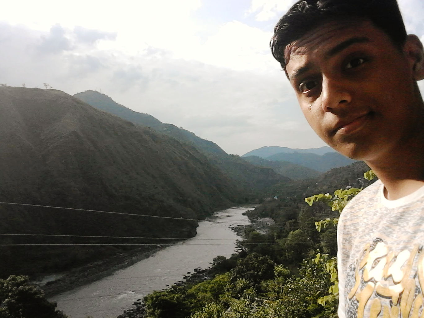 Photo of Beas River By Parth Patel