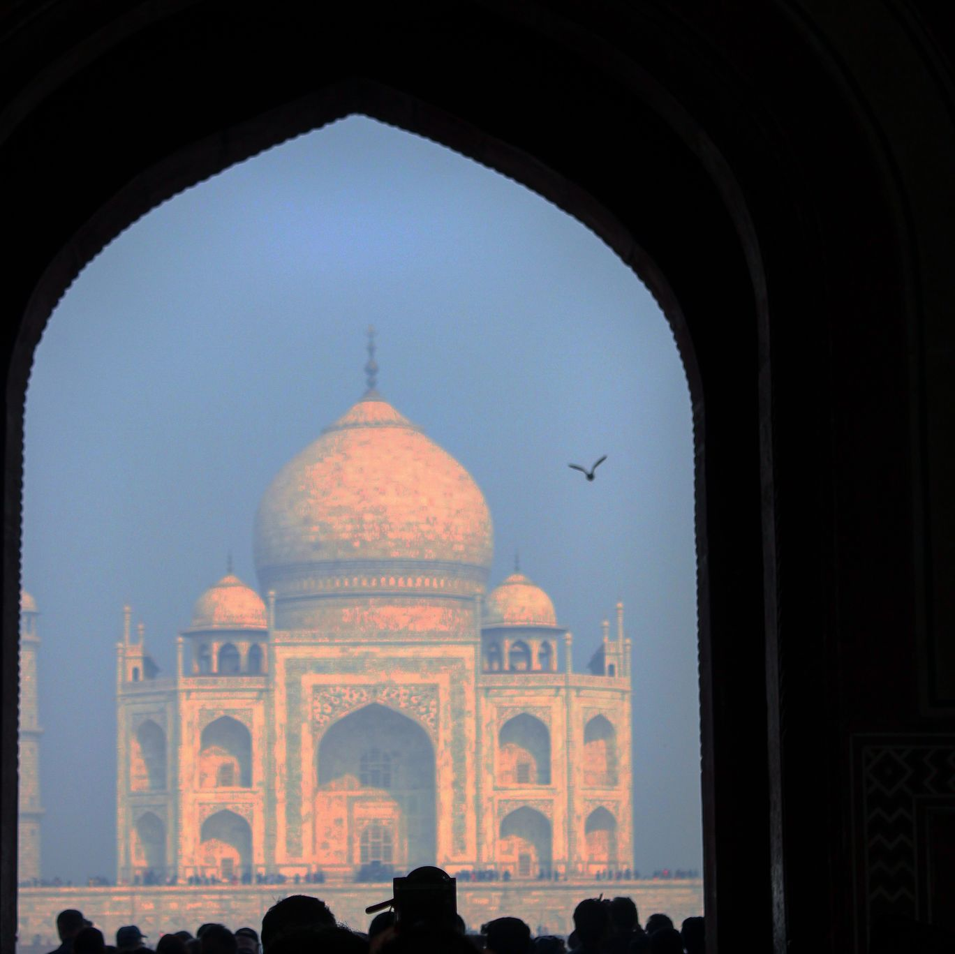 Photo of Taj Mahal By Dyvik Chenna