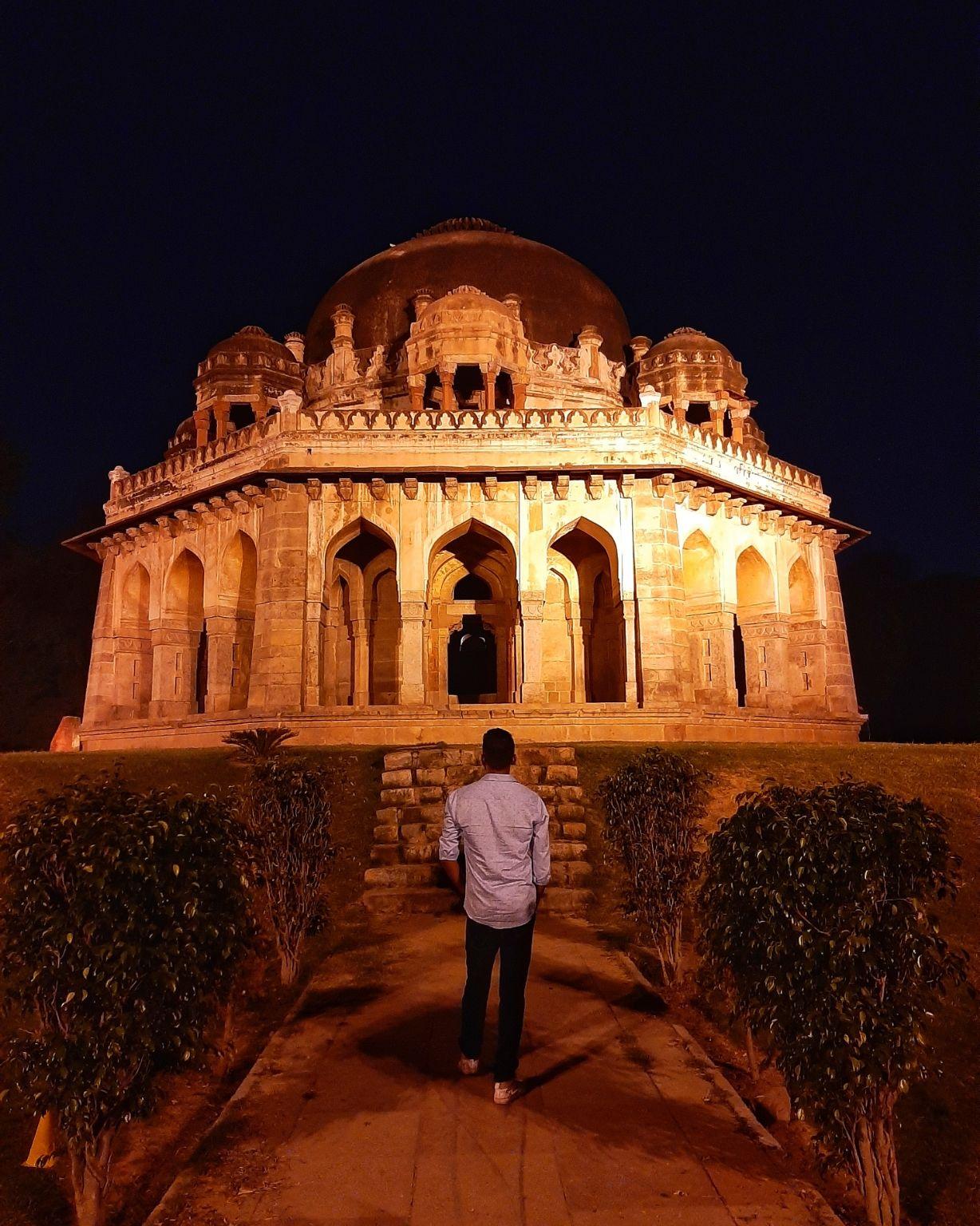 Photo of Lodi Garden By Deepak samal