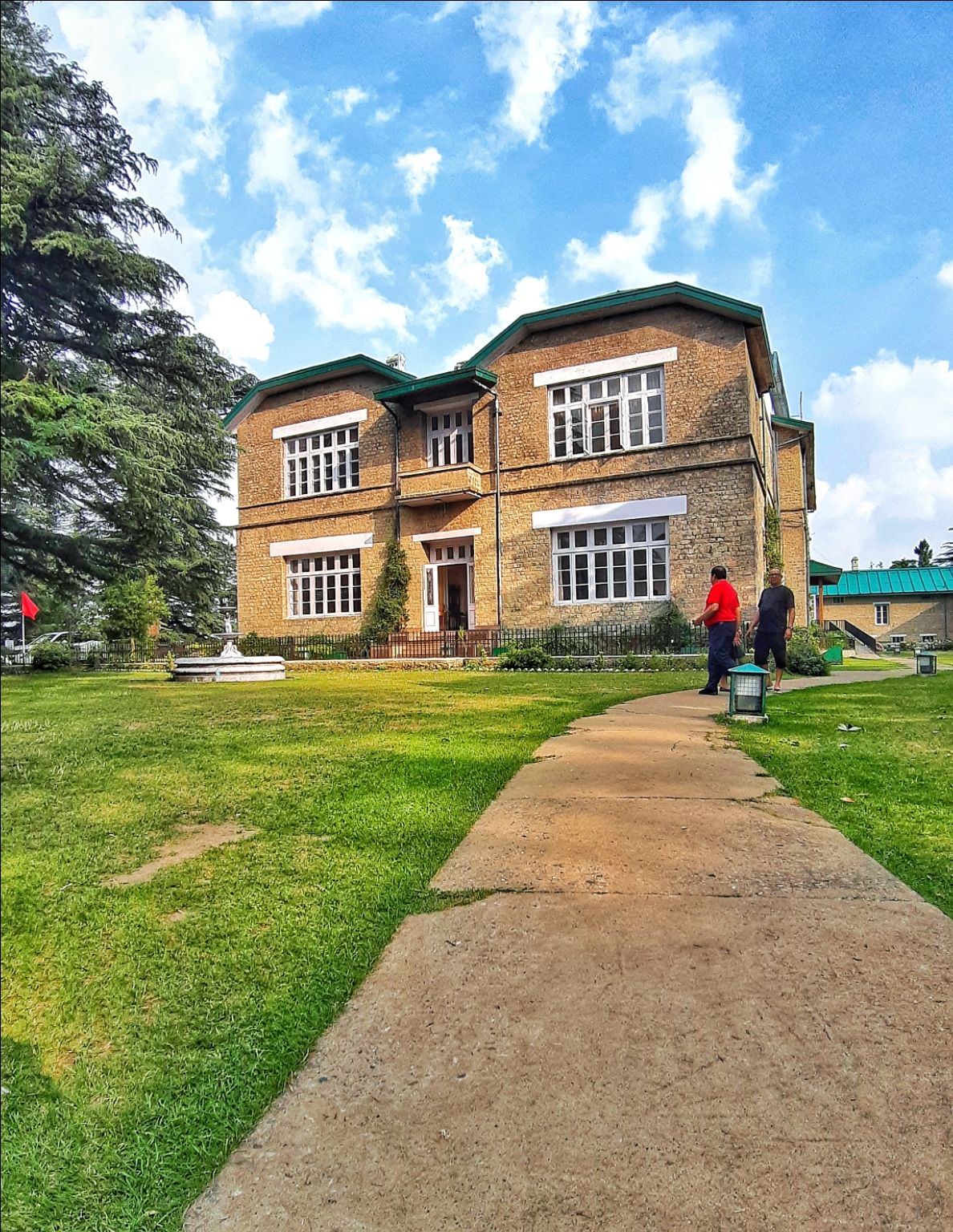 Photo of Chail Palace By Mytravelrunbynaveen