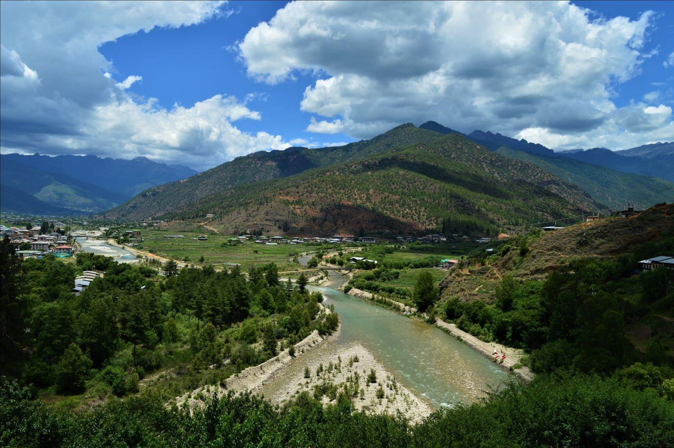 Photo of Bhutan By Pranav Mehendale