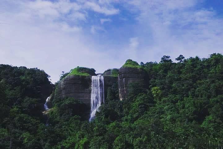 Photo of Cherrapunjee By Pranjal Baruah