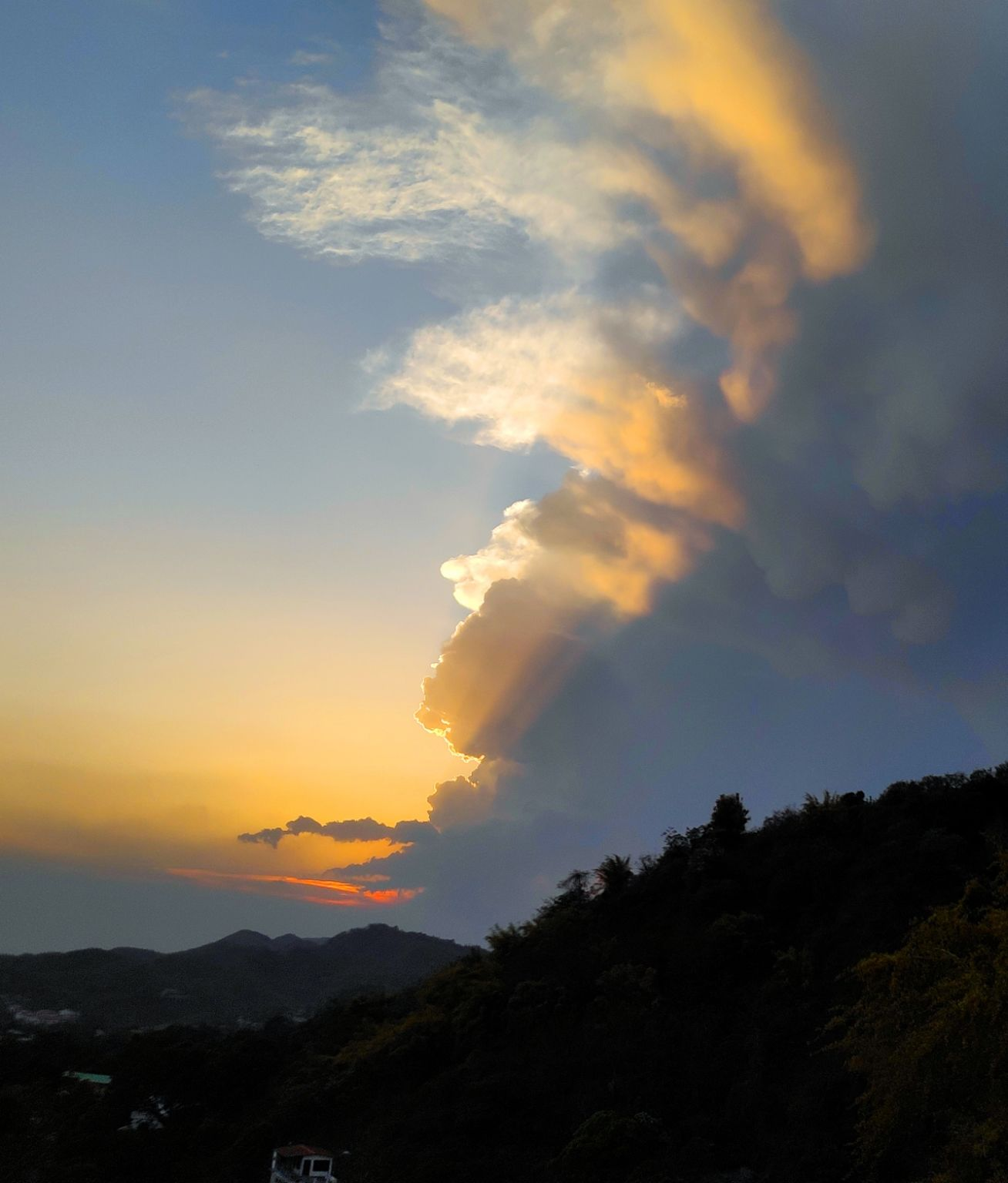 Photo of George Everest Peak By Snaked