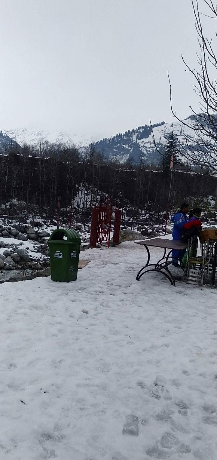 Photo of Manali By Atharva Kshirsagar