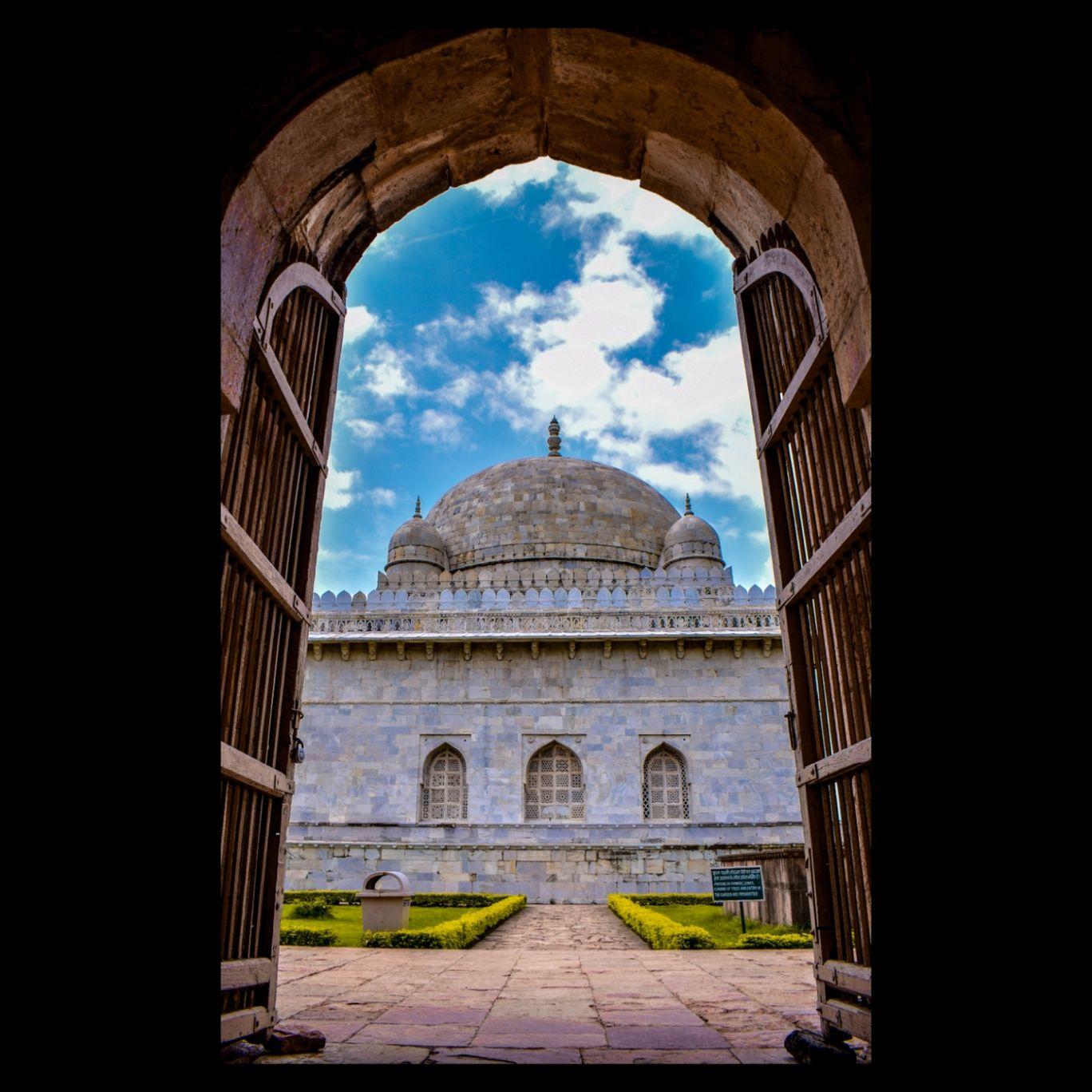 Photo of Hoshang Shah Tomb By Sony Rajput