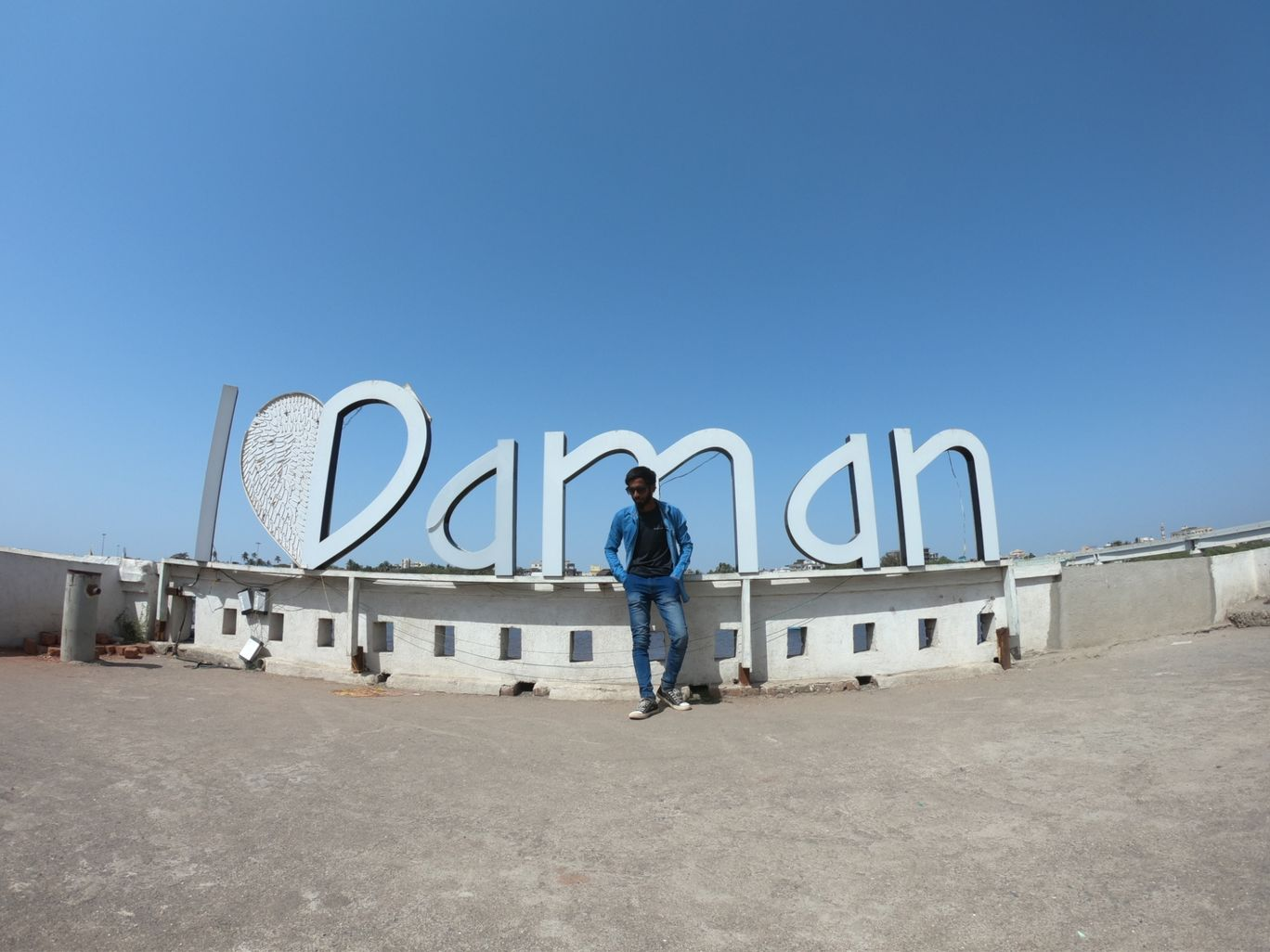 Photo of Daman By Ganesh Khillari