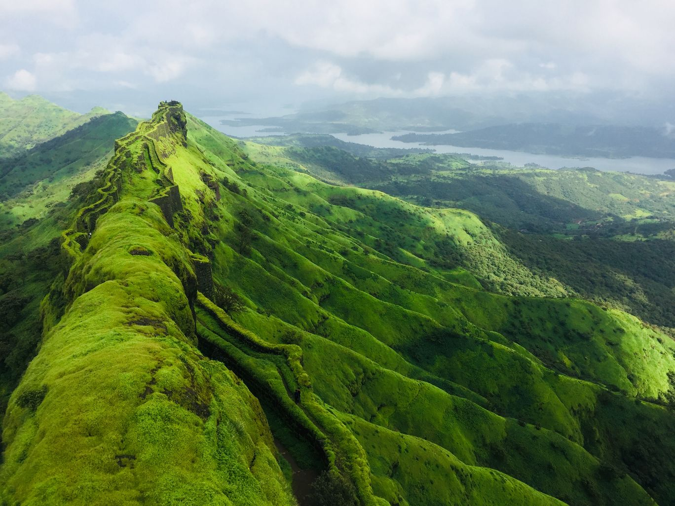 Photo of Rajgad Fort By Vikas Wadam