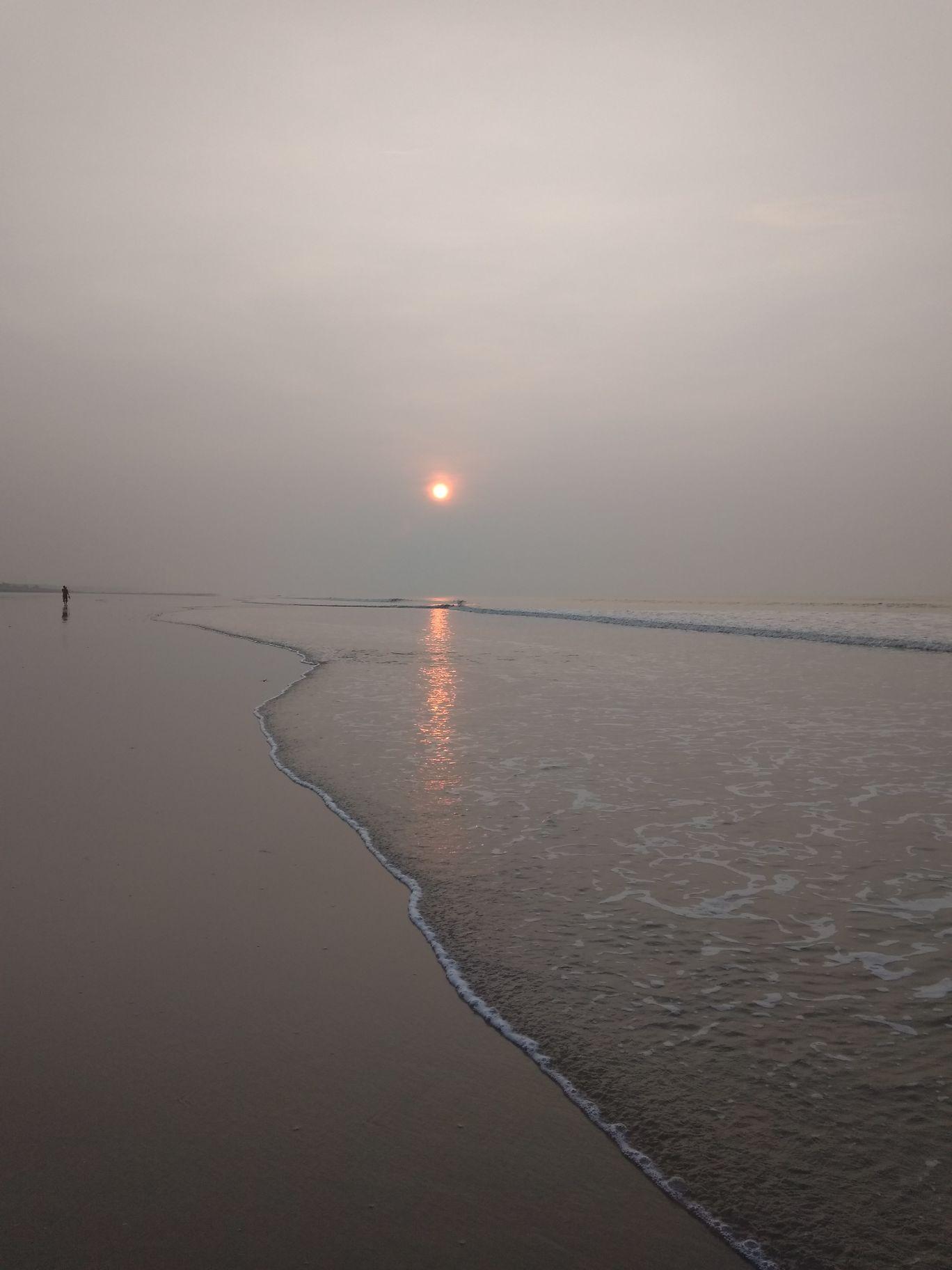 Photo of Old Digha Sea Beach Road By Rose Marandi