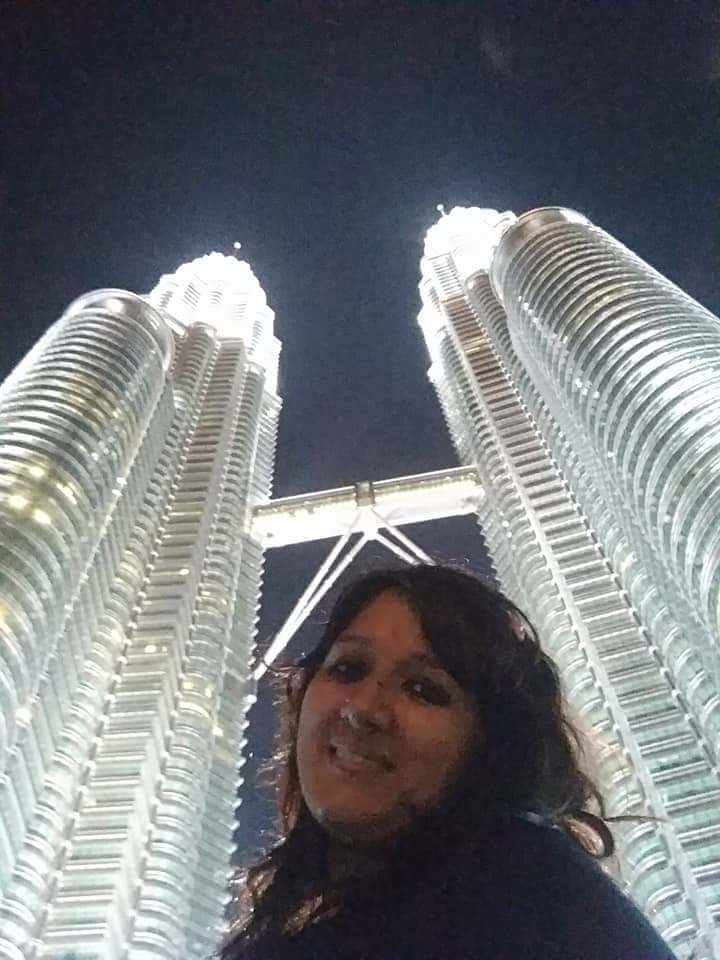 Photo of Petronas Twin Tower By Garima Dalmiya