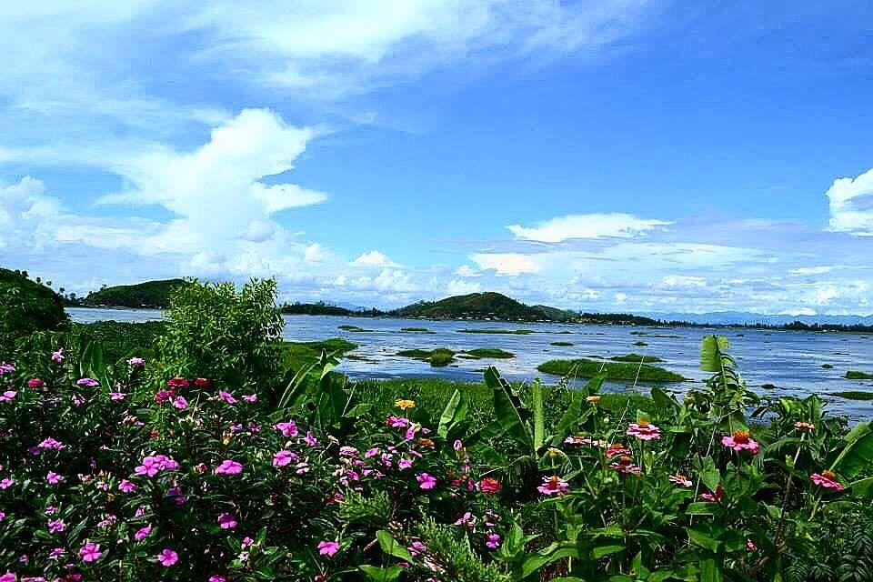 Photo of Loktak Lake By Bishorita Hemam