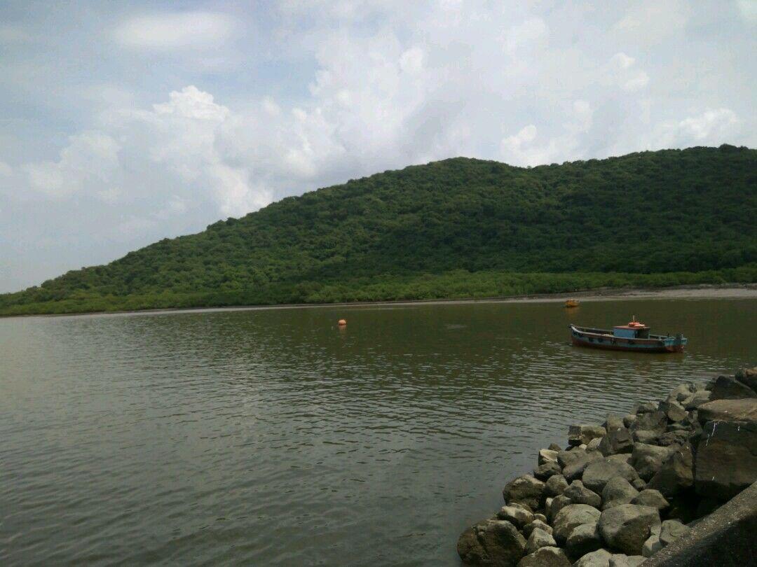 Photo of Elephanta Island By Manisha Rohilla