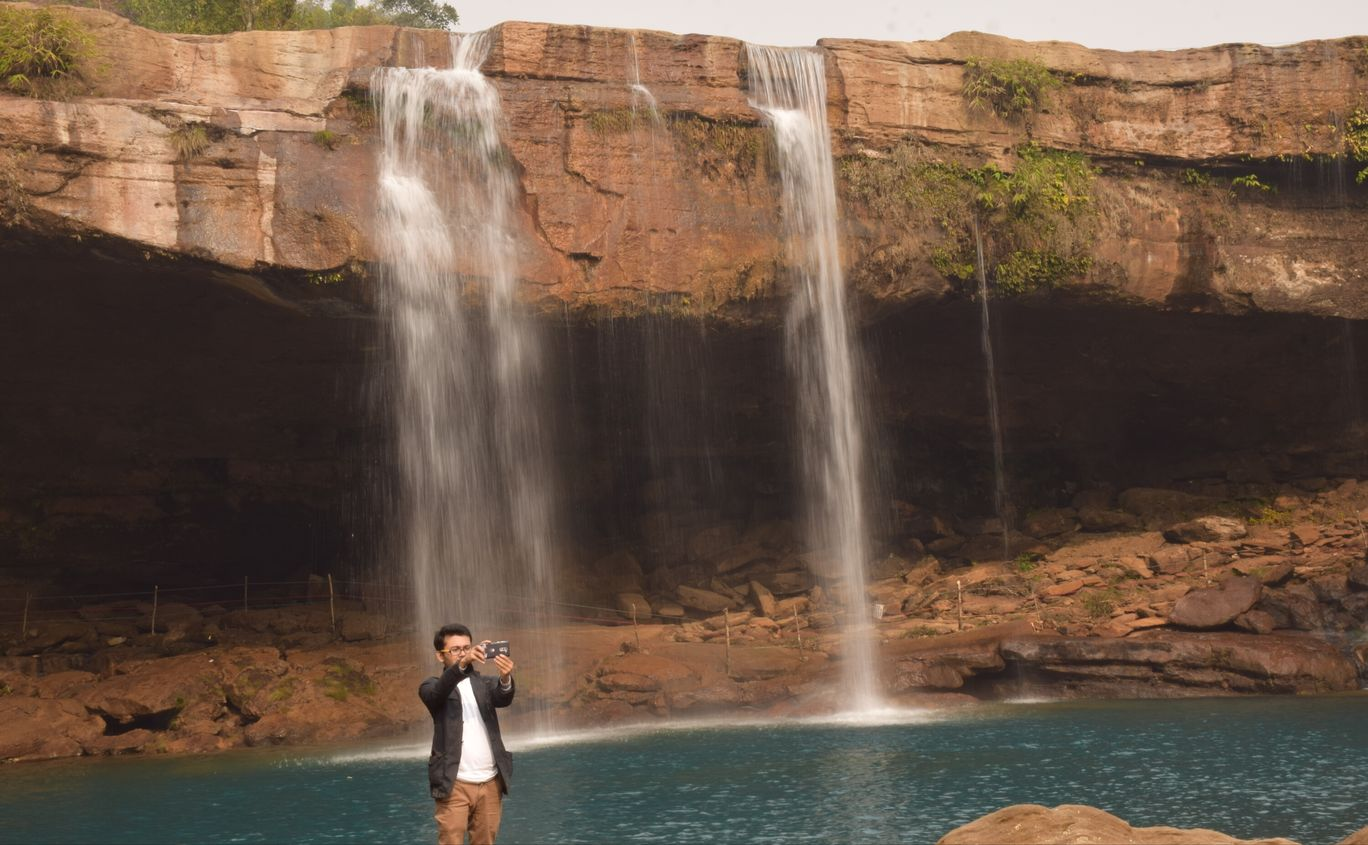 Photo of Krang Shuri Waterfall By Partha P Borah