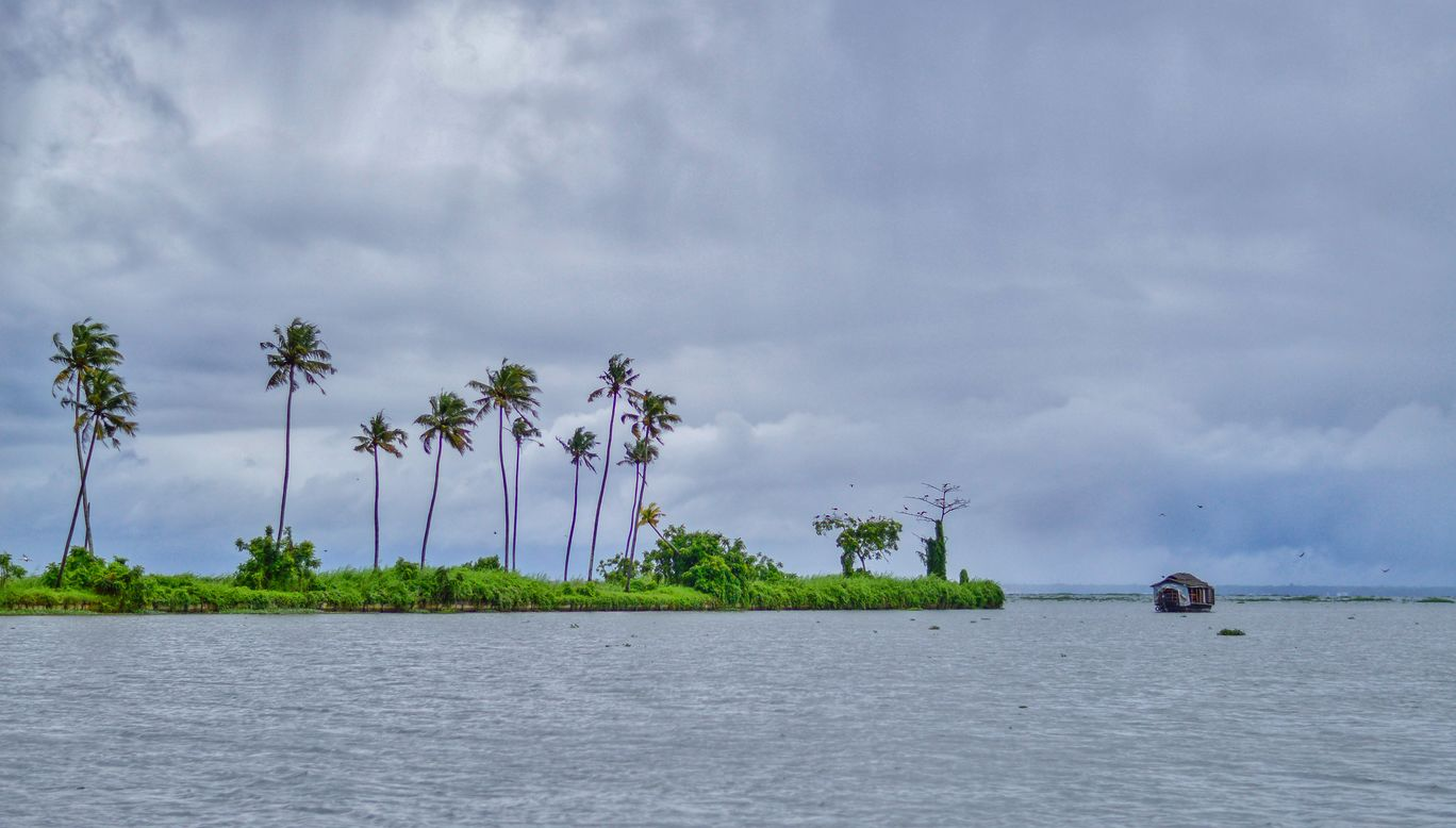 Photo of Vembanad Lake By Nithin