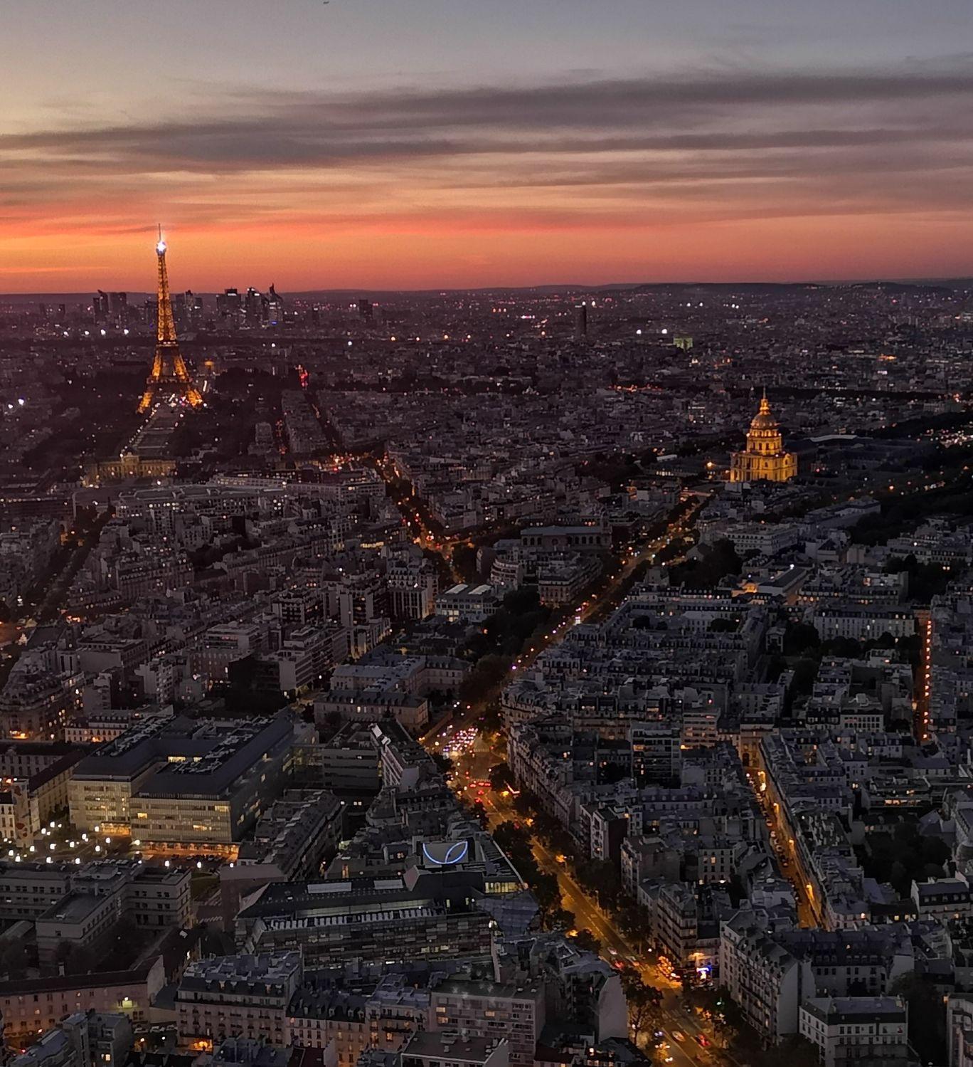 Photo of Montparnasse Tower By Shagufta Gurmukhdas