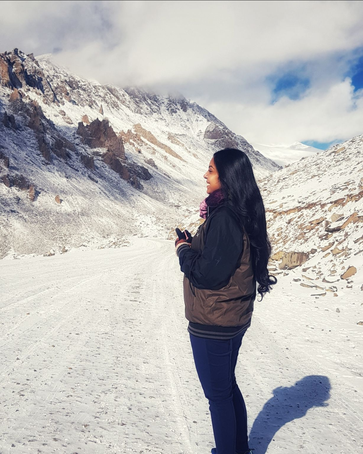 Photo of Khardung La Road By Anjali
