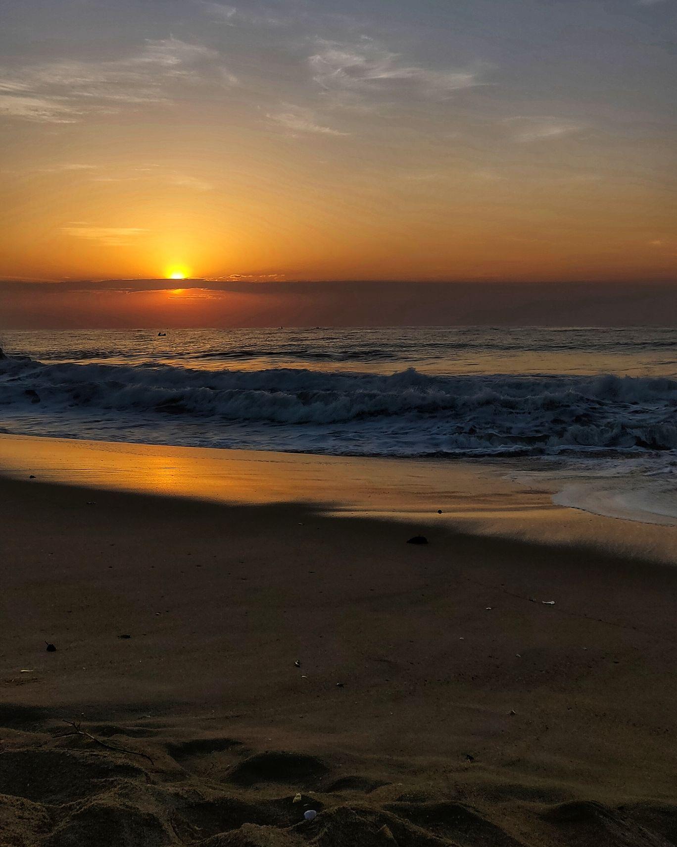 Photo of Serenity Beach By Tanvi Bosmia