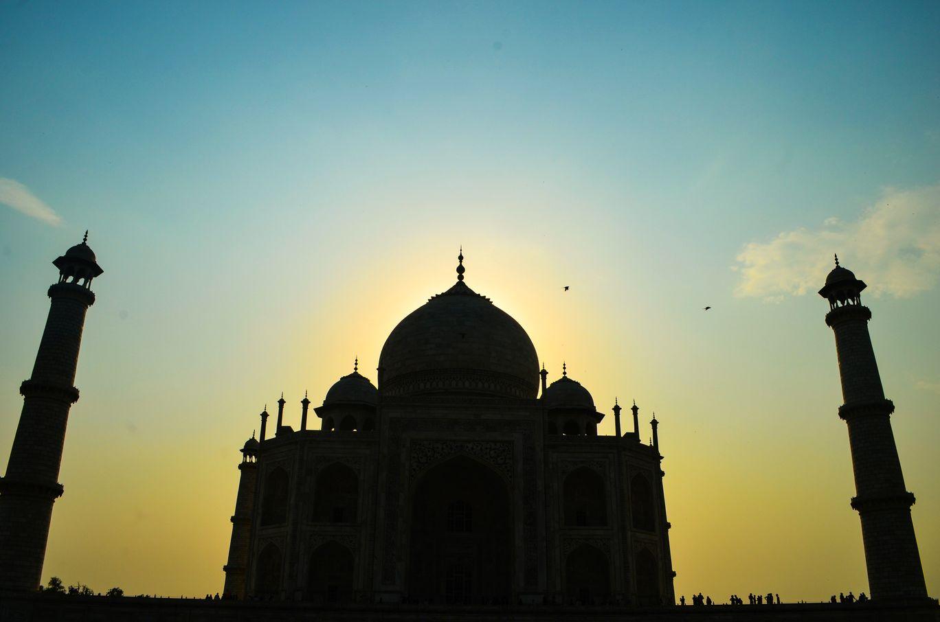 Photo of Taj Mahal By Anubhab Sarmah