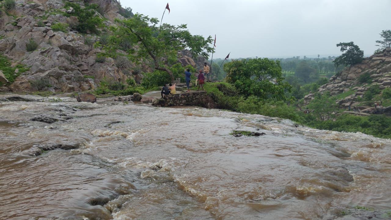 Photo of Hathni Mata Waterfall By Payal