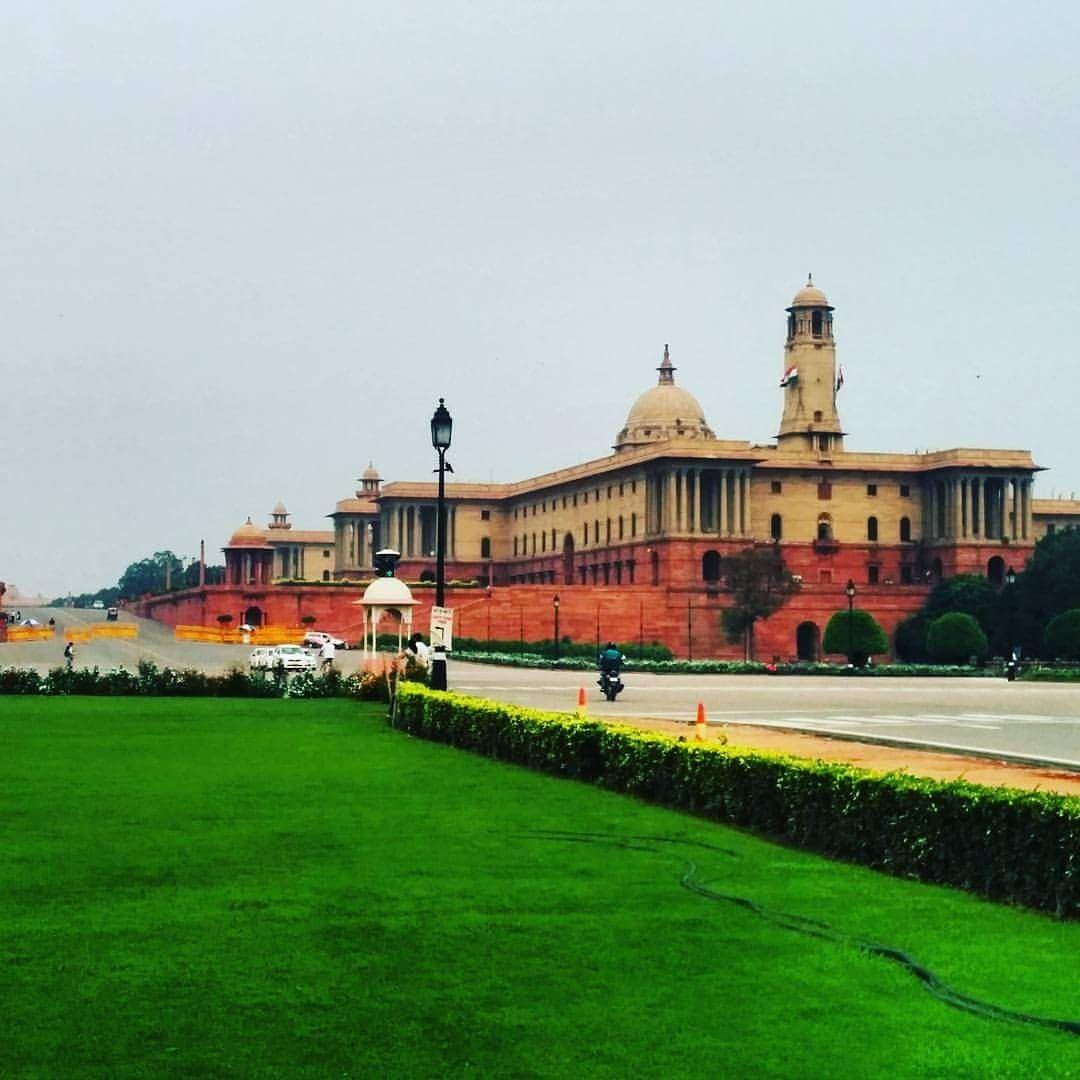 Photo of Rajpath Area By Monica Chhonkar