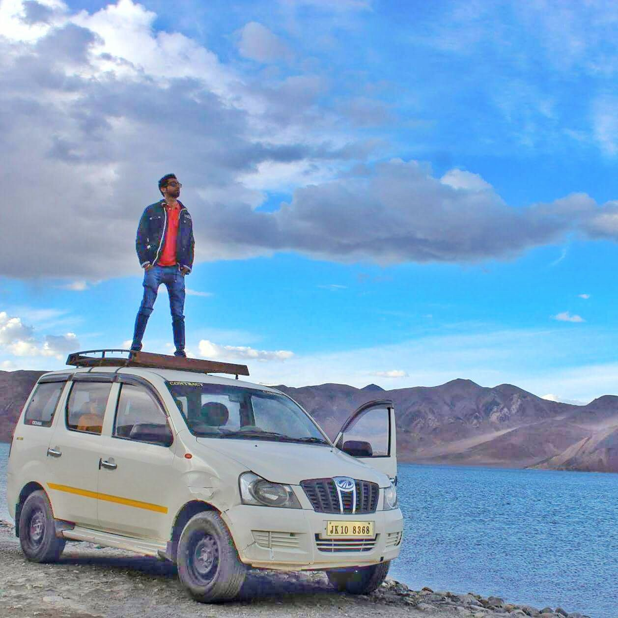 Photo of Pangong Lake By Maneet Narang