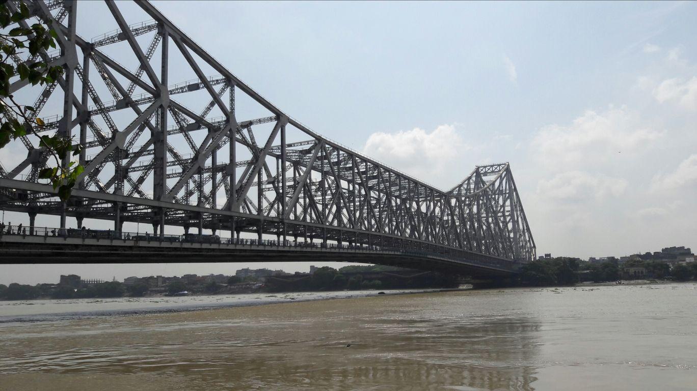 Photo of Howrah Bridge By Dona Paul